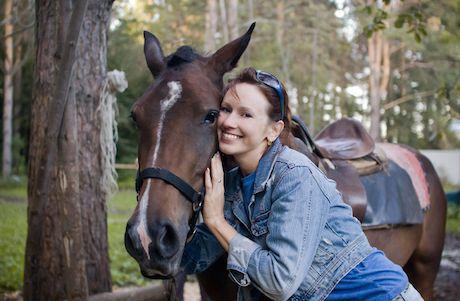 Kone pomáhajú formovať naše osobnosti